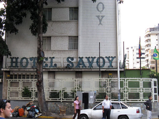 Hotel Savoy Caracas: From the side of the building