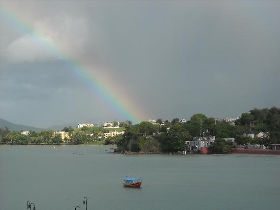 Casa Libre Puerto Rico: Rainbow over the bay