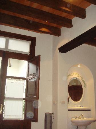 Meson del Alferez Coatepec: Porta di ingresso alla camera