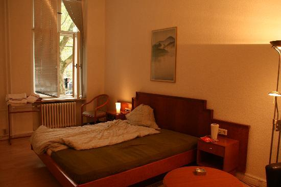 Pension Elefant: room