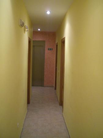Antigua Morellana HS: corridoi
