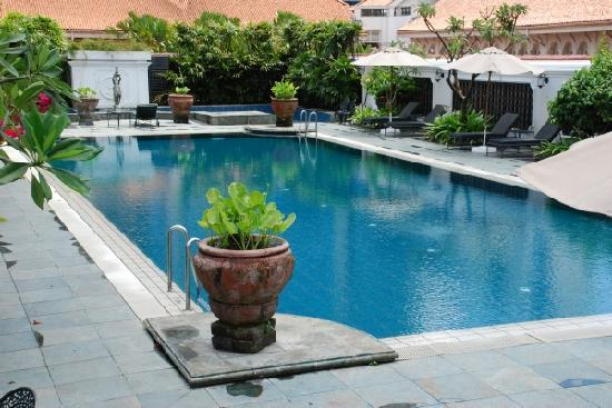 Pool Area Picture Of Raffles Hotel Singapore Singapore Tripadvisor