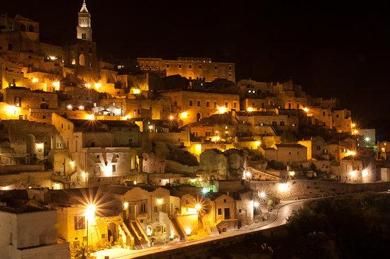 Fra i Sassi Residence: Matera bei Nacht