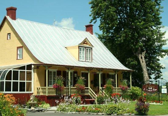 Sainte-Anne-de-la-Perade, Canada: Auberge à l'Arrêt du Temps