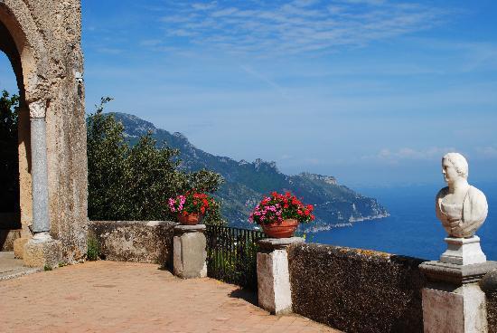 Grand Vistas Picture Of Villa Cimbrone Gardens Ravello