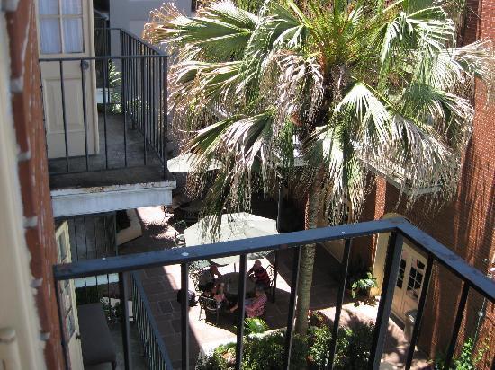 Hotel St. Marie: Courtyard