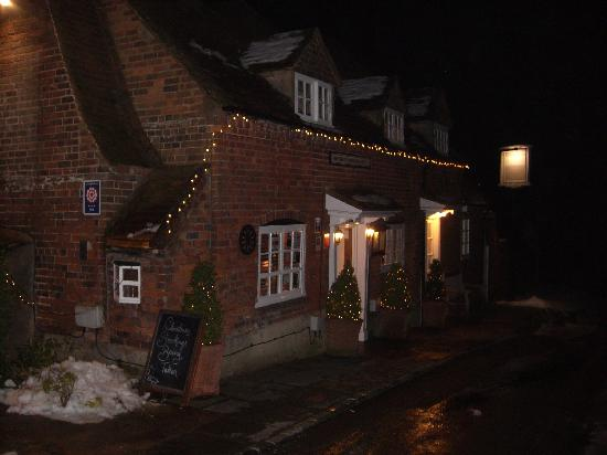 High Wycombe, UK: The Inn at Night