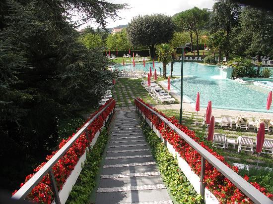 Hotel Garden Terme : Des chambres directement vers la piscine