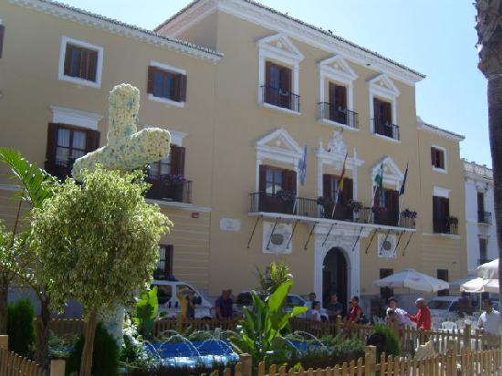 Cortijo Nuevo: Ayuntamiento, Motril