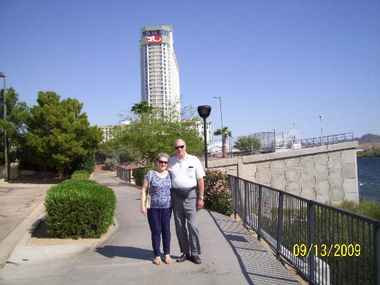 Don Laughlin's Riverside Resort : Riverside Hotel in background
