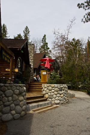 Idyllwild, Kaliforniya: stairs to the Cafe Aroma