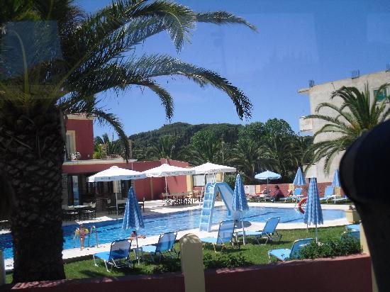 Panorama Sidari: pool area