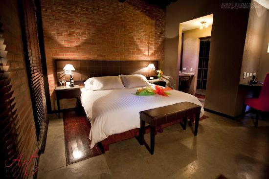 Romantic night at art hotel picture of art hotel for Most romantic boutique hotels