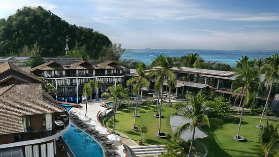 Holiday Inn Resort Krabi Ao Nang Beach: LandScape