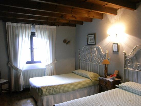 La Casa Nueva: Our room