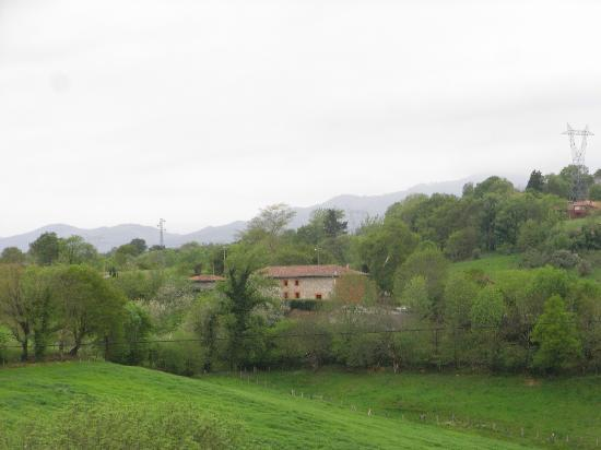 La Casa Nueva: View of the house from the hillside