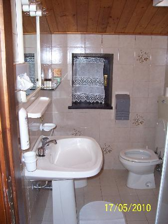 Hotel La Ginestra: bagno
