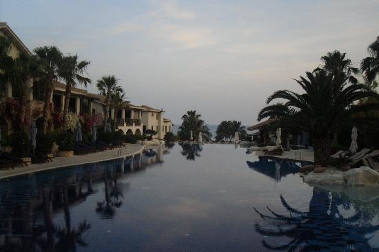 Columbia Beach Resort Pissouri: Pool view
