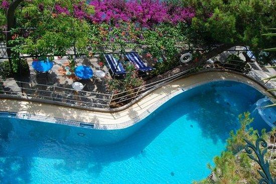 La Fenice: saltwater pool