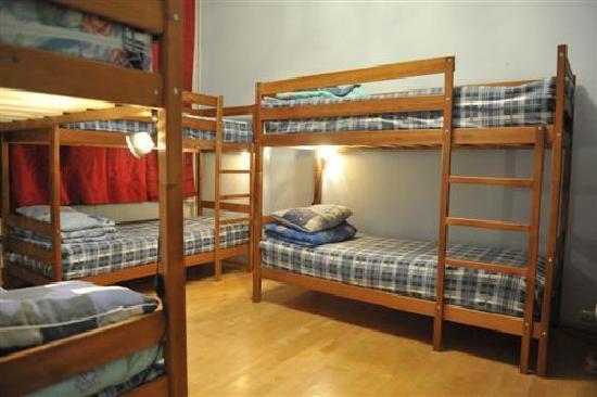 Nova Hostel 6 Bed Dorm Room