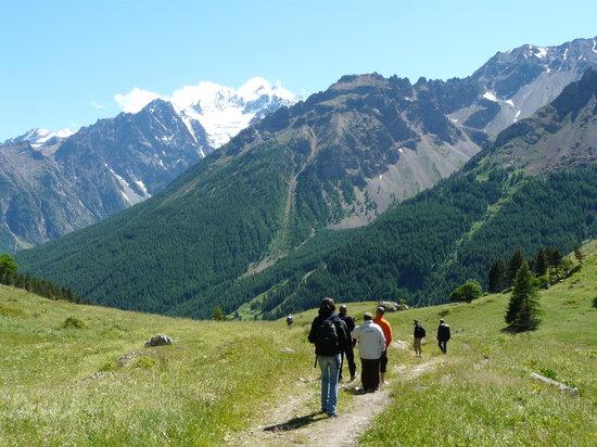 Hautes-Alpes, France: rando à Serre Che