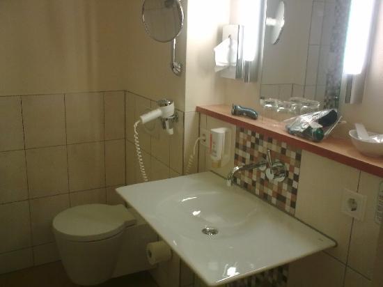 Hotel Rio: shower room 2