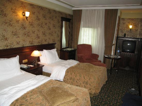 Germir Palas Hotel Istanbul: Our room