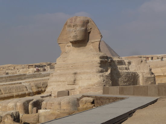Kairo, Egypten: The great mysterious Sphinx