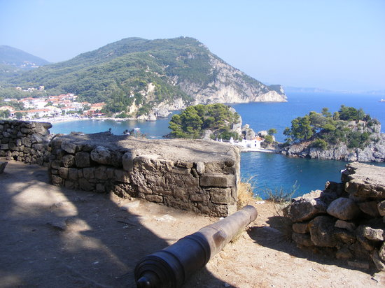 Parga, Grekland: VIEW FROM THE CASTLE