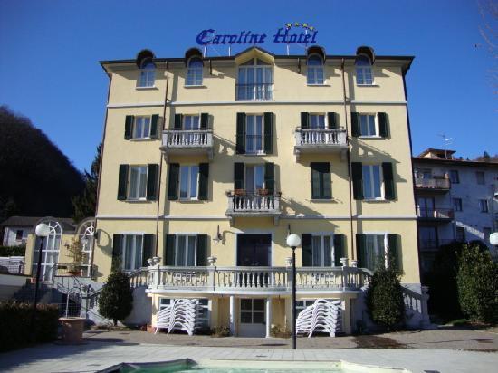 Caroline Hotel Brusimpiano: facciata hotel
