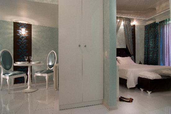 Athens Diamond Homtel: Diamond Suite
