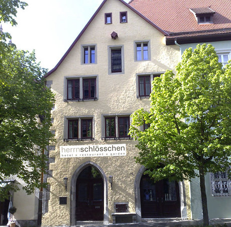 Hotel Herrnschloesschen: Herrnschlösschen - Hotel - Restaurant - Garden