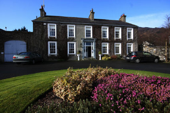 Carlingford, أيرلندا: Carlingford House from front