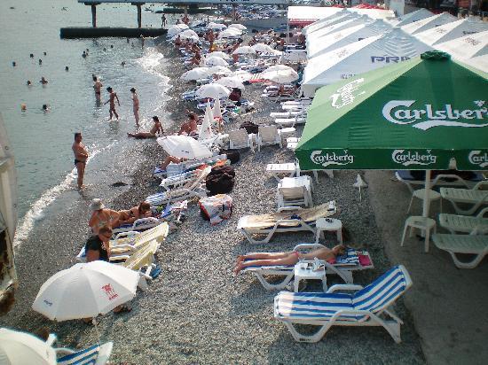 La spiaggia di Massandra a Yalta