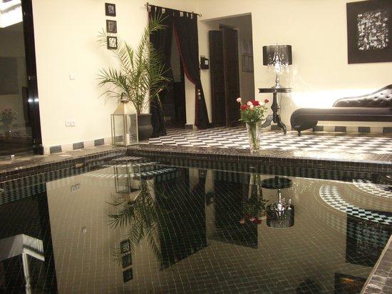 Riad Elizabeth: Pool
