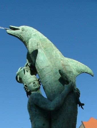 Arion Fountain: Arion and his lifesaving dolphin