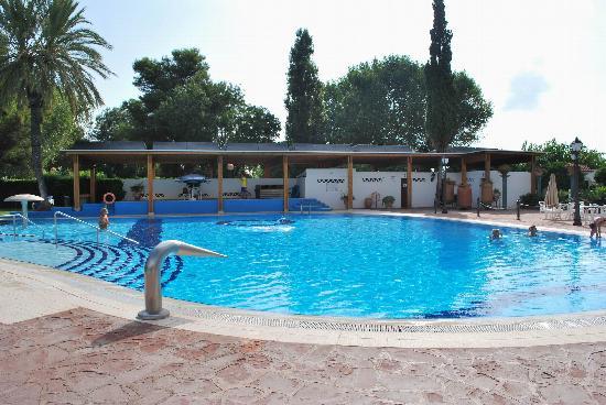 Estival Eldorado Resort: La première piscine, avec toboggan
