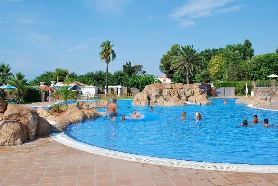 Estival Eldorado Resort: La deuxième piscine, avec jacuzzis