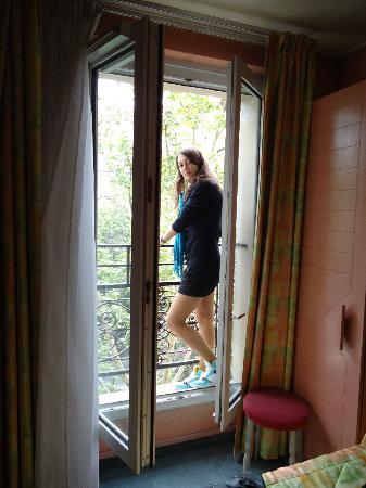 Hotel Sunny: balcony