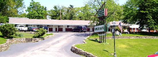 Hopwood Motel of Uniontown: call us 724-437-7591