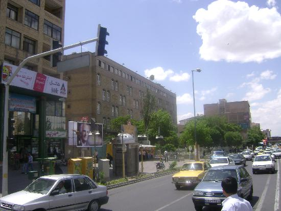 TABRIZ HOTEL , ABARESAN CROSSING