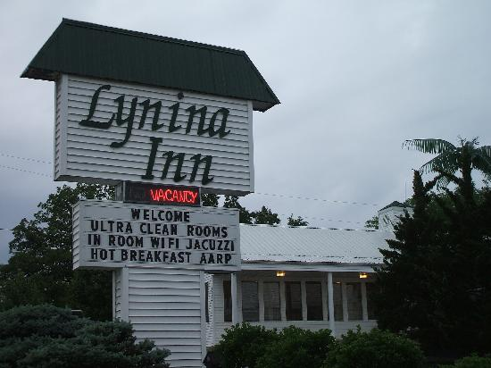 "Lynina Inn : Just like it says, ""Ultra Clean"""