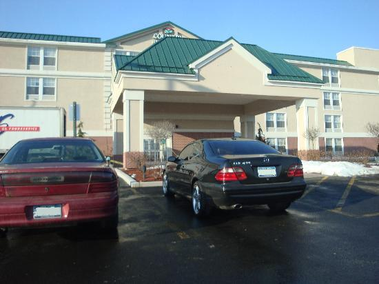Country Inn & Suites By Carlson, Rochester Airport - University Area: Country Inn Rochester - Entrance
