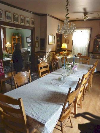 Blue Gull Inn Bed & Breakfast: La salle à manger