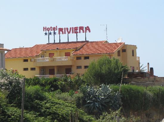 Hotel Riviera: Exterior