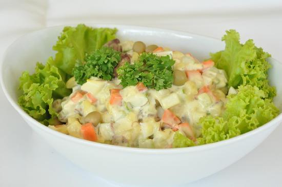 Baron Restaurant Karon: Salad