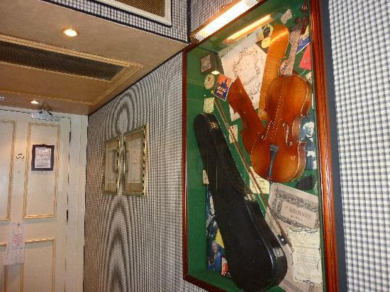 The Chesterfield Mayfair: Music memorabilia