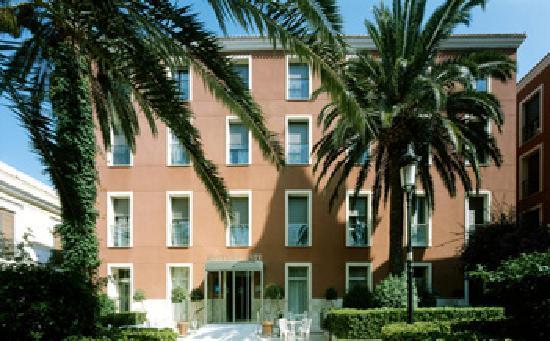 Archena, Espagne : Fachada del hotel