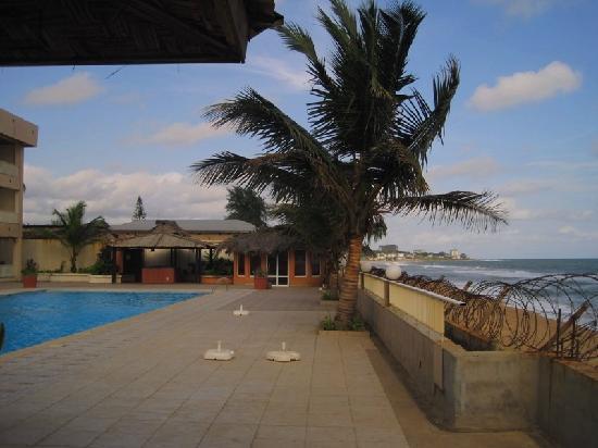 Mamba Point Hotel: Hotel's pool