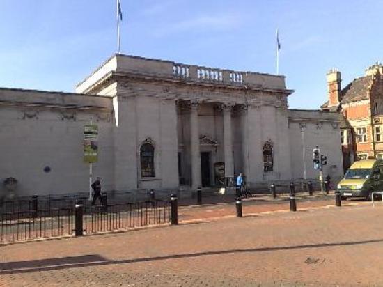 Ferens Art Gallery - Hull